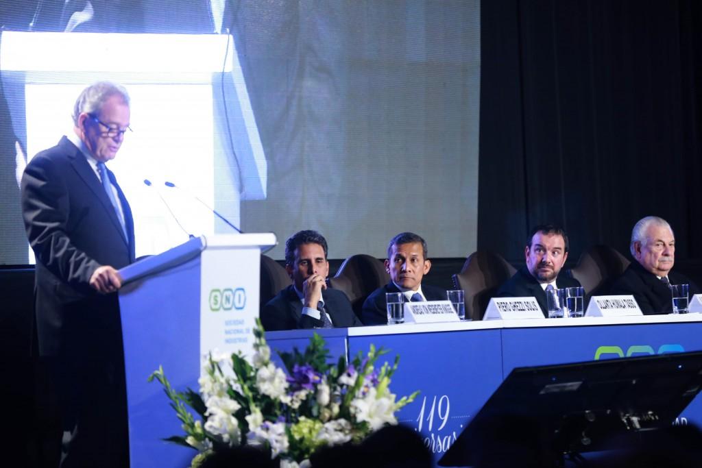 Discurso del presidente saliente de la SNI, Luis Salazar Steiger; del presidente electo de la SNI, Andreas von Wedemeyer y del ministro de la Producción, Piero Ghezzi; durante la ceremonia por el Día de la Industria y por los 119 años de vida institucional de la SNI.