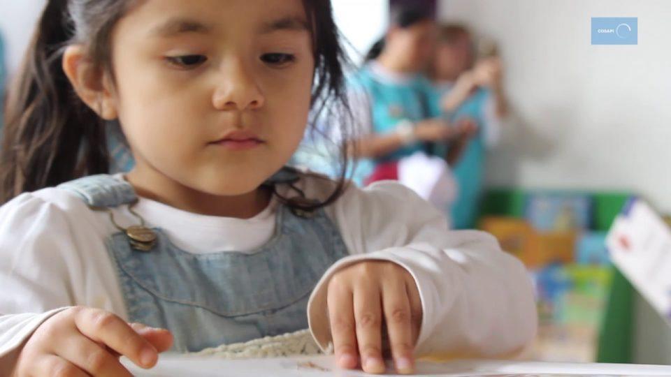 BIBLIOTECA COSAPI EN COLEGIO DE VILLA EL SALVADOR GRACIAS A PROGRAMA LEYENDO COMPRENDO